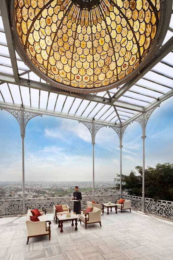 bigbigheavy:  Taj Falaknuma Palace- Hyderabad, India