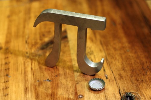 gabeweb:  Pi Bottle Opener (vía Times New Geek)