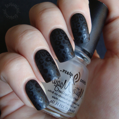 Black Leopard Nails. Rock on!