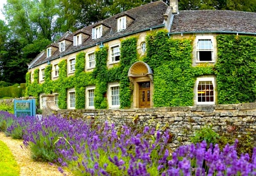 ysvoice:  | ♕ |  The Swan Hotel - Bibury, Cotswold   | by © thecotswoldsguide