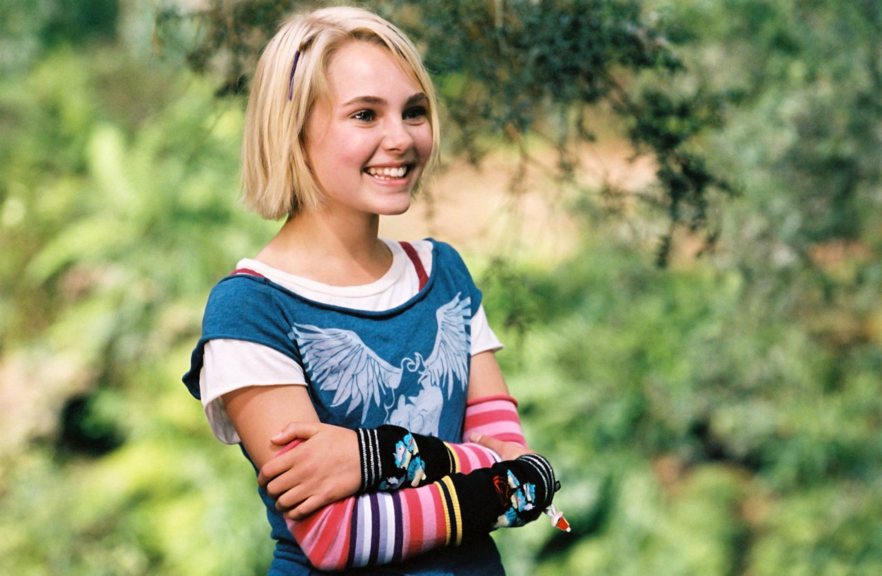 AnnaSophia Robb in Bridge to Terabithia