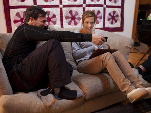 entertainmentweekly:  Ah, to hang out on the couch with these two.