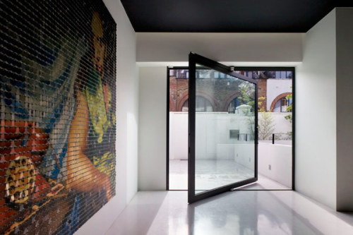 plastolux:  Love the pivot door, Mews 02 - Andy Martin Architects