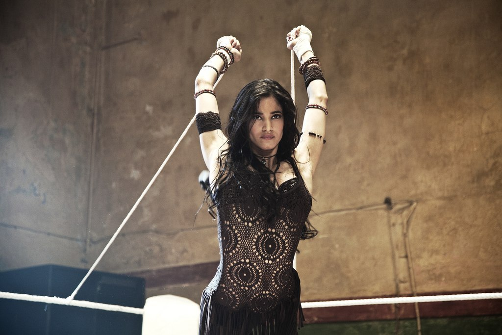 It's 25 days before the premiere of the Street Dance 2 3D! Sofia Boutella is hot in here:)