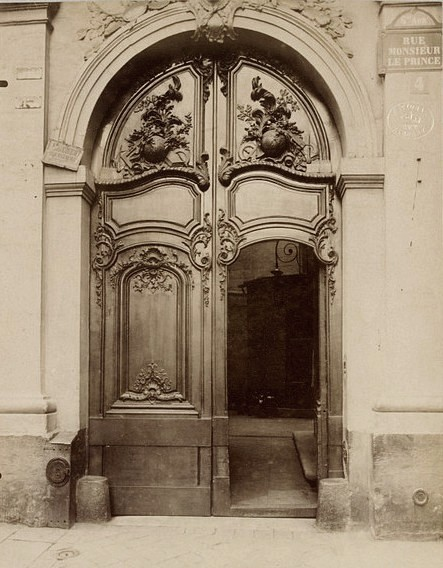my-little-time-machine:  Hotel du Prince de Conde, Paris, France  Atget, Jean-Eugène-Auguste1900  Albumen print from gelatin dry plate negative