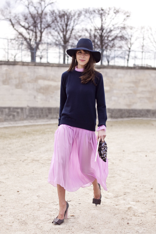 Stylist Caroline Sieber in the Tuileries