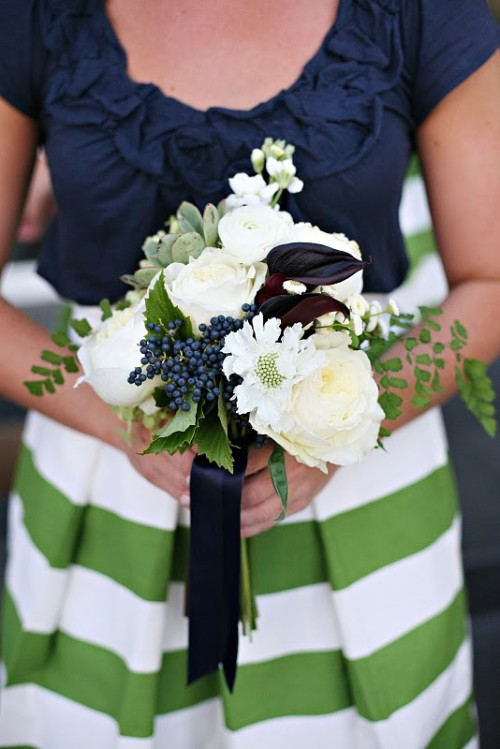 theweddingtree:  I am in love with these colors.