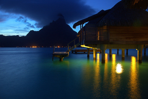 inspiring-pictures:  (via Bora Bora, French Polynesia on we heart it / visual bookmark #24358595)