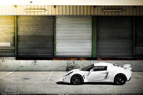 Lotus Exige S in white. Photo by Alexis Goure (via)