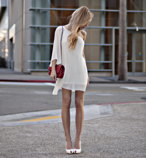 what-do-i-wear:  Dress: Urban 1972, Bag: Chanel, Heels: Christian Louboutin (image:  thenativefox)
