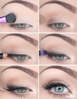 allwomenstalk:  Such cool eye makeup tricks!  We've got some more tips and tricks to apply awesome eye makeup right here!