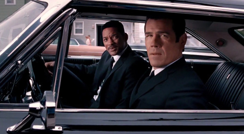 Will Smith as Agent J rollin' with Josh Brolin as Agent K in Barry Sonnenfeld's Men in Black 3 - from the latest official trailer.