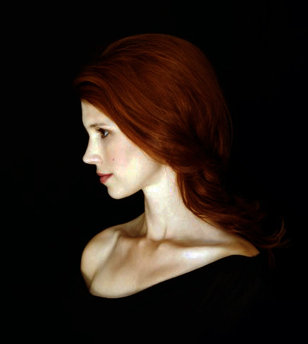 for-redheads:  Julie McNiven