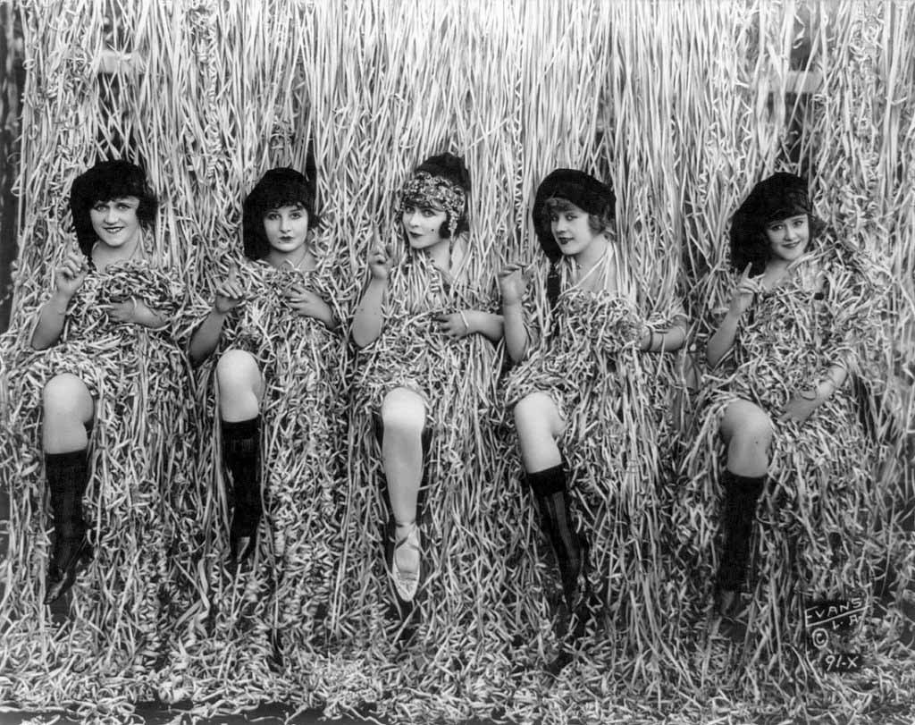 Sennett Bathing Beauties, 1915