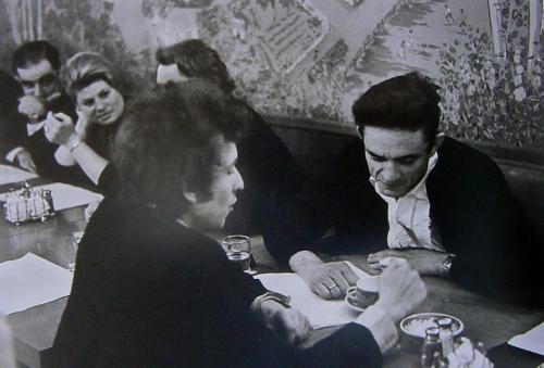 Dylan and Cash over a cup of coffee…