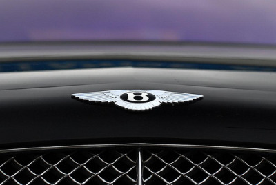 carpr0n:  British aristocracy Starring: Bentley Continental GT (by Koen-W)