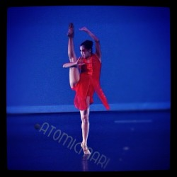 Recent performance shot #dance #ballet #pointeshoes #atomicmari  (Taken with instagram)