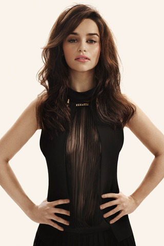 Oh yes - Emilia Clarke is very sexy as a brunette… still stunning, but better looking as a blonde on game Of Thrones. gq:  Thank You, GQ UK …for such a nice photograph of our favorite dragon whisperer from Game of Thrones. [Photograph by Leo Cackett]
