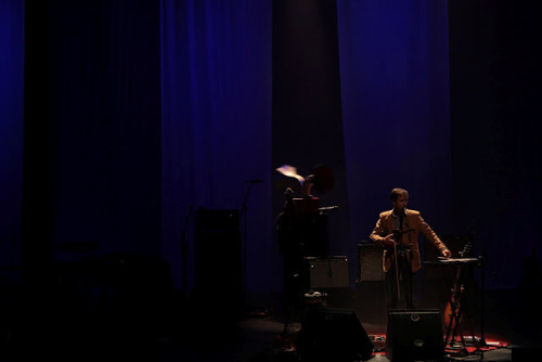 "'Andrew Bird affirms prior to a monumentally grandiose Eyeoneye: ""I'd wanna come see a show here"" and indeed upon ambling into the Barbican Centre, as ever, tonight carries a sense of the extraordinary. He later quizzes our level of delectation before insinuating we're ""maybe too comfortable"" sat atop the hall's grand cushions and, in airing latest Break It Yourself in its entirety, one may insinuate that he too is feeling comparably casual…' Dots & Dashes review Andrew Bird at the Barbican Centre…"