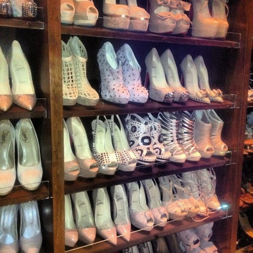 what i would do for a shoe cupboard like this :)