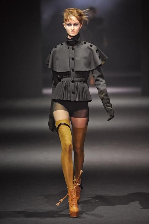 John Galliano Fall 2012, Paris Fashion Week. (Image via Fashionising)