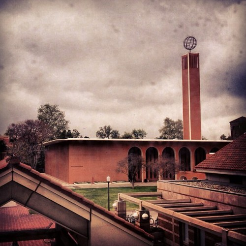 #gloomy day in #losangeles. Taken at #usc  (Taken with instagram)