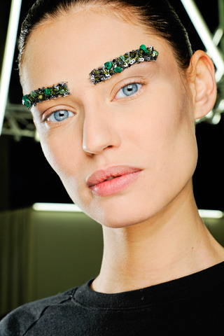 One step ahead of the bleached brow, Chanel opted for sequined eyebrows at their show. #PFW
