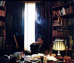 awesomepeoplereading:  Keith Richards reads.
