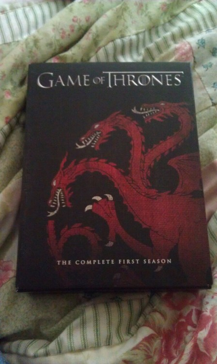 My dvd :') With House Targaryen cover.