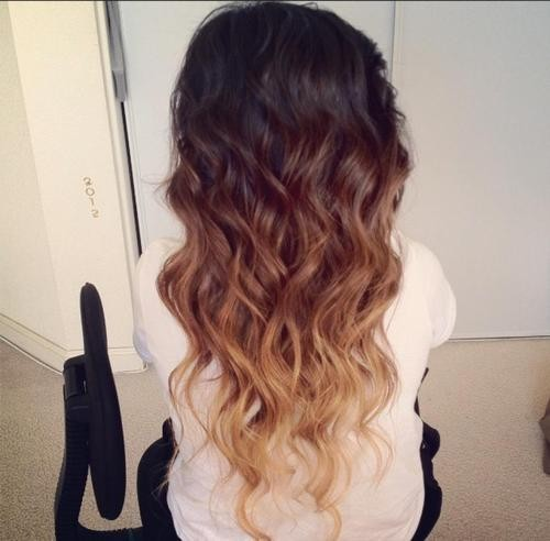 babyyits0nlylife:  Exaaaaaactly how I want my hair to look :o