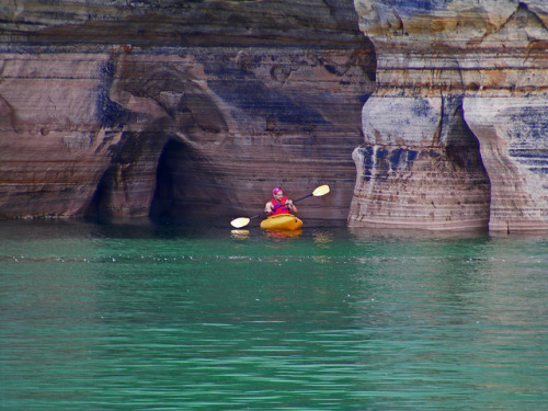 aestheticmichigan:  Kayaking in the Pictured Rocks National Lakeshore. by Gary of the North on Flickr.