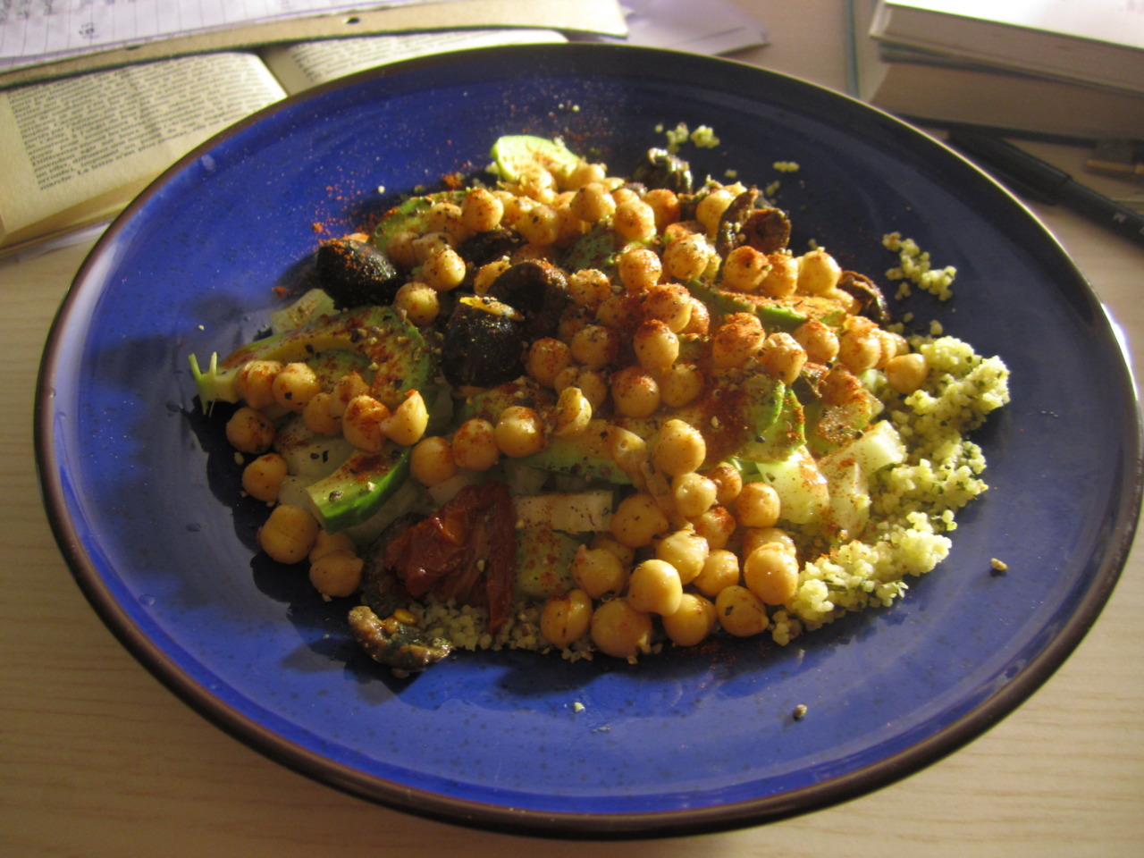 This is called ESSAY CRISIS COUSCOUS and it is what I made on Sunday night when brain food for an essay on the eighteenth century libertine novel was required. (Couscous with paprika chickpeas, home made marinated olives and sun-dried tomatoes, fresh coriander, avocado and a basil and lemon dressing…) Grill love <3 (though technically grill not used… part of the overall 'I HAVE NO KITCHEN, BUT STILL I MUST COOK AND EAT vibes of this blog)
