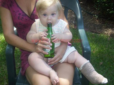 THE BABIES LEG IS ALREADY BROKEN :( NOW BOOZE!! PARENTING FAILLLL