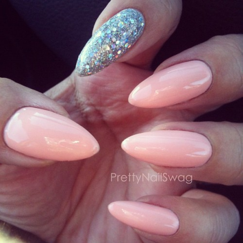 I don't care what Mr.PrettyNailSwag says, I can never have enough peachy-pink polishes, ya dig! Essie - A Crewed Interest…a bit streaky application but the color is so gorg… (Taken with instagram)