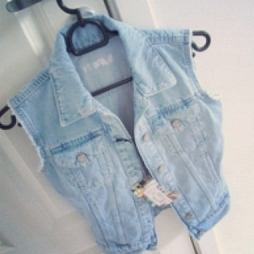 #vest #jean #jeanjacket #fashion #style #clothes #weheartit #vintage #outfit #hipster #cute  (Taken with instagram)