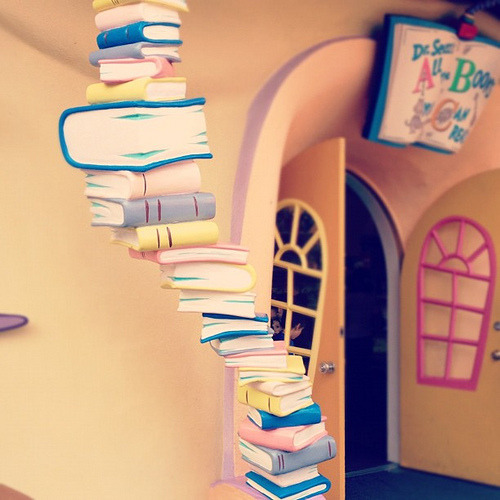 teachingliteracy:  Seuss book tower. (by vitriolicviolin)