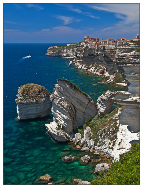 explore-the-earth:  Bonifacio, France