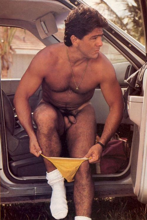nudeoldies:  Joe Bernal