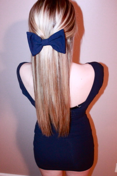 i want a hair bow