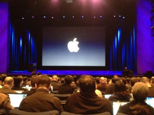 thedailyfeed:  We're minutes away from Apple's announcement! Follow Tech Editor Peter Ha for live updates.