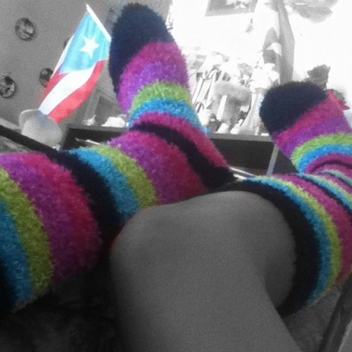 I'm PuertoRican #FuckYeah #colors #rainbow #green #blue #purple #pink #black #PuertoRico (Tomada con instagram)