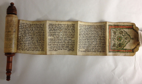 themagnes:  What better way to mark Purim than a gift of an Esther Scroll from the Ottoman Empire. This decorated manuscript was donated to The Magnes Collection last week by Professor Guy Benveniste (UC Berkeley). It belonged to his family in Salonika since the early 19th century.  Hag #Purim Sameaj  :)