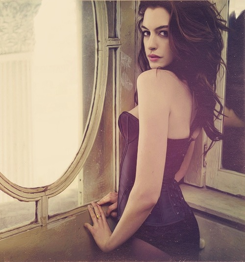 picquaint:  anne hathaway | mark seliger. march 2010.