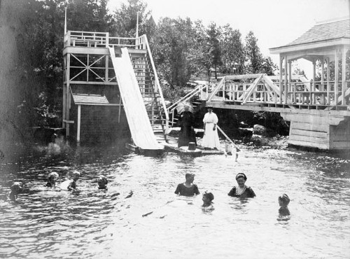 Frank William Micklethwaite, Swimmers in the pool, Muskoka Lakes, Ontario, Canada, ca. 1905. Source: Library and Archives Canada