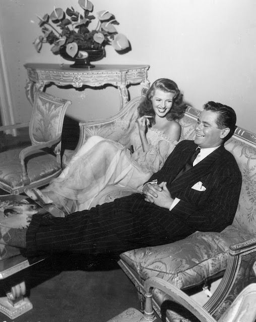 stanwycked:  Rita Hayworth and Glenn Ford on the set of Gilda, 1946