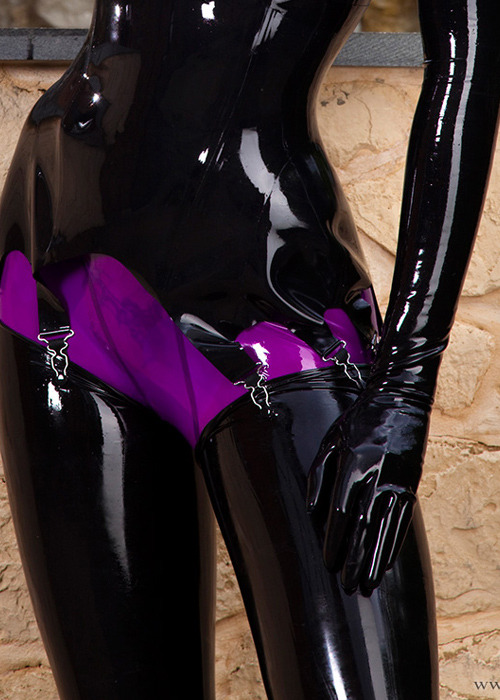 I love this purple #susanwayland is magically delicious, but again, those bikini spiders