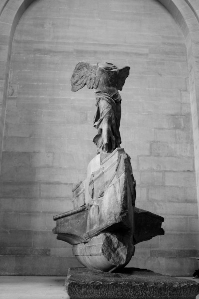inritus:  The Winged Victory of Samothrace on display at The Louvre in Paris.