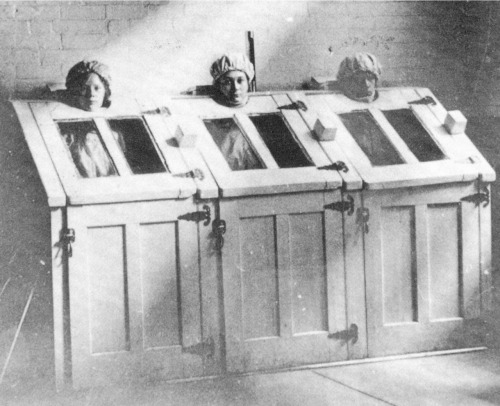 midnightgallery:  Patients in steam cabinets, c 1910.American Psychiatric Association Archives
