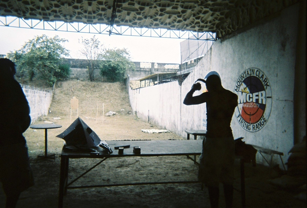 Whuuuuuuuuuuut.      Mountain Clark Firing Range, Angeles City  Vivitar Mariner Lucky Super 200