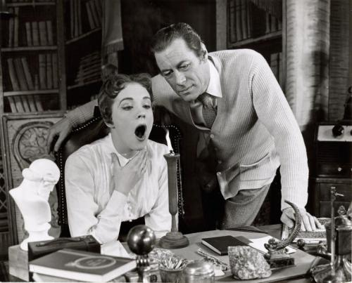 youregonnalovetomorrow:  Julie Andrews and Rex Harrison in My Fair Lady.